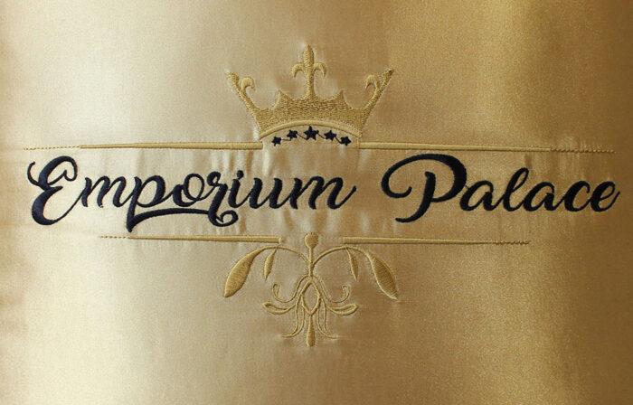 oreiller satiné emporium palace